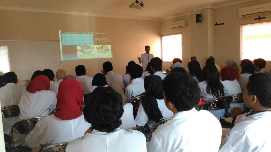 prapendidikan dan orientasi mahasiswa FK Semester 4 yang mengadakan PBL di RS UNAIR